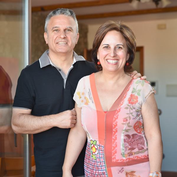 Asun and Juan Arizo, owners of Casa Arizo and project enterpreneurs.